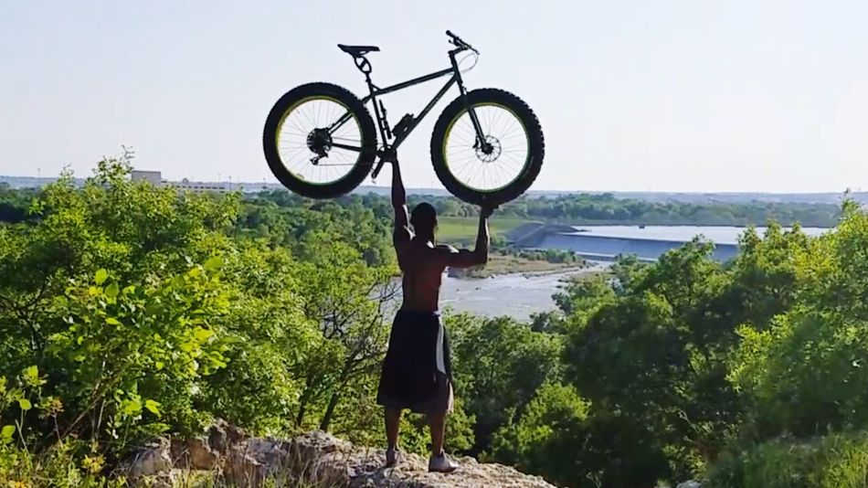 Do you even fat bike? Bicycle Adult Standing Outdoors Water Tree Nature Sky Fatbikeworld Fatbikelove Fatbikeculture Fatbikes Fatbikelife Horizon Over Land Fatbikeadventures Fatbike Wheel Pedal Mountain Bike Mountainbike Horizon Cloud - Sky Nicepic Transportation Cycling The Portraitist - 2017 EyeEm Awards