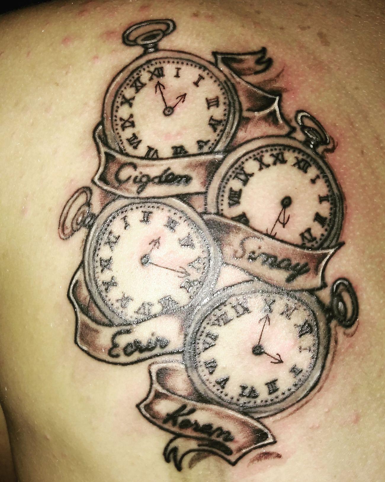 İnstagram dan ulaşabilirsiniz @pigmenttaatoo Uygun Fiyata Dövme Yapılır Bostancı Pigmenttatoo Tattooartist  Working Hard Dövmeci Tattoolowe Kadıköyistanbul Anadoluyakası Istanbuldayasam Tattoo ❤ Black And White
