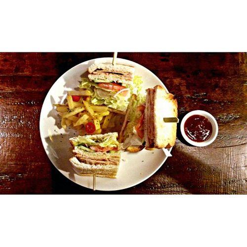 Start a new life with healthy dinner. Cewahhhhhh Cafemurano