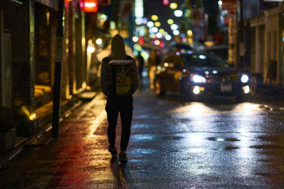 Eye4photography  EyeEm Best Shots EyeEm Gallery Night Night Lights Night Photography Night View Nightlife Nightphotography Nightshot People Streeetphotography Street Street Photography Streetphotography Walking Wet