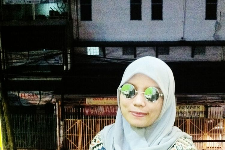 Please ignore my face?? New Glases Glasses Ootdindo Ootd Hijabers Photooftheday