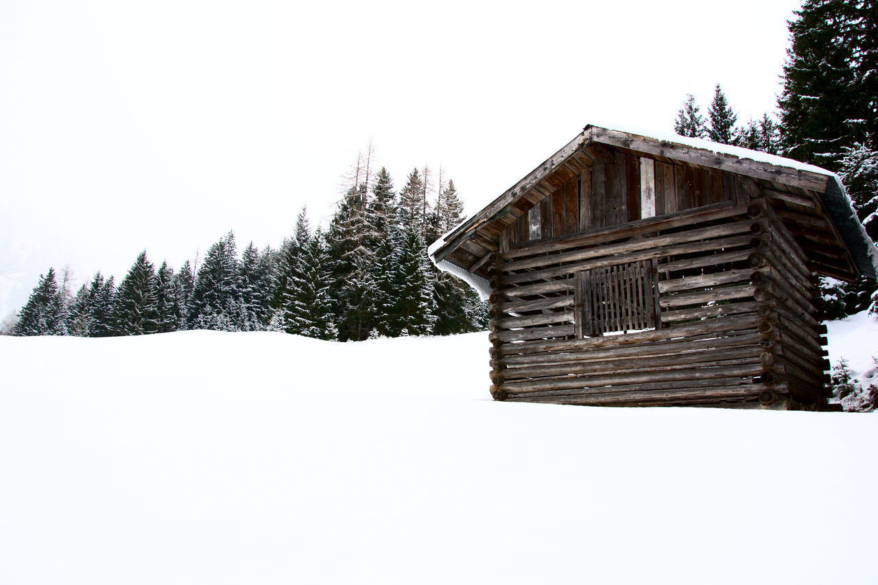 Chalet Mountain Snoow Travel Trip White Winter Woods