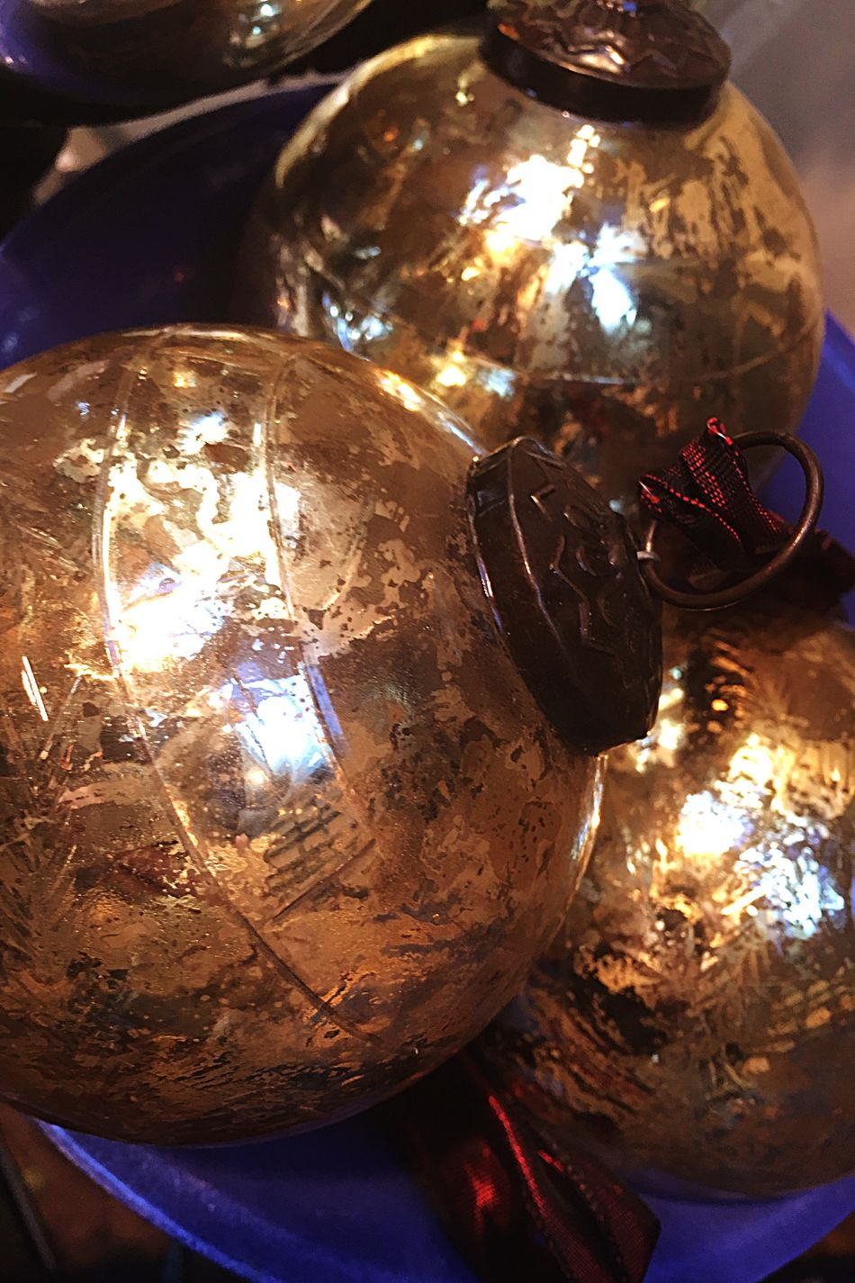 Close-up Indoors  Illuminated No People Filament Day CHRISTMAS 🎅🏽 Most Wonderful Time Of The Year! Denmark 🇩🇰🇩🇰🇩🇰 Glass - Material Glass Balloons Glass Art High Angle View Decoration