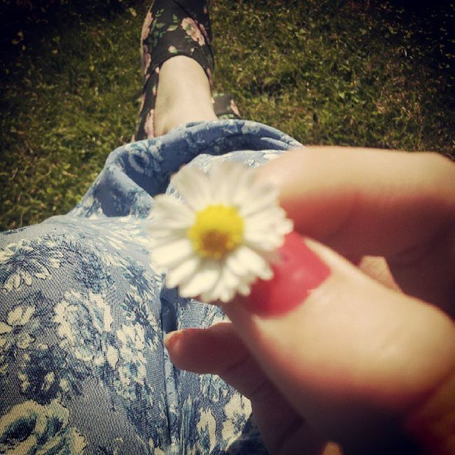 Random Dasiey Pink Nails toms maxidress summer grass garden cute sky dubbletap like flowers tagsforlikes