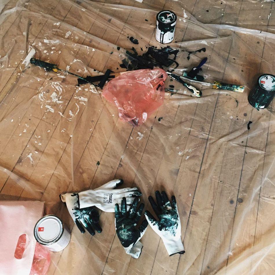 PaintJob Paint Gloves Green Wood Floor