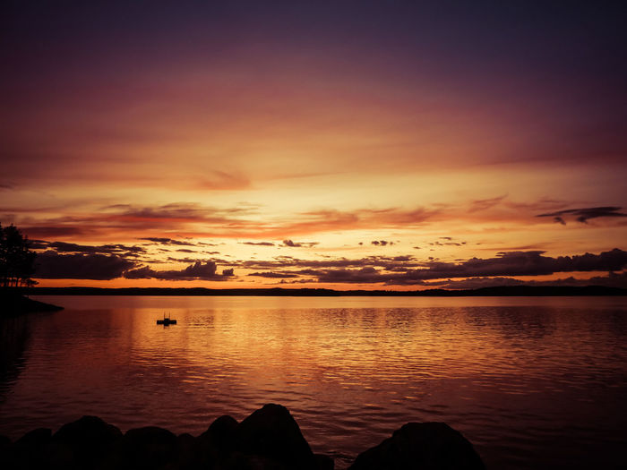 Still remembering that summer night SummerNights Summertime Sunset Silhouettes Sunset_collection Beauty In Nature Colorful Colorful Sky Colorful Sky And Clouds Idyllic Lake Lake View Nature Reflection Scenics Silhouette Sky Summer Sunset Tranquil Scene Tranquility Water