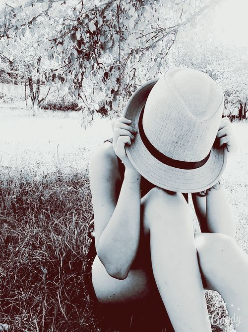 Black & White Hats Nature OldEyeEm Nature Lover Outdoors Lovelovelove Perfection❤❤❤ Front View Beatiful Nature LovelyGirl Young Women Day Loveit Thoughtful Naturelovers Trying New Things EyeEm Gallery Spring-summer Loneliness Sitting Beautiful Beautiful Girl Lookingup Bestoftheday BYOPaper!