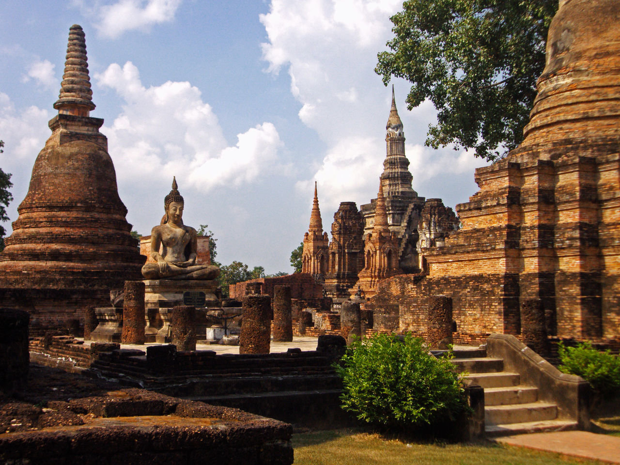 Ancient Ancient Civilization Architecture Buddha Buddha Statue Buddhism Building Exterior Famous Place Heritage History Old Outdoors Place Of Worship Religion Spirituality Stupa Sukhothai Sukhothaihistoricalpark Temple Temple - Building The Past Tourism Travel Destinations