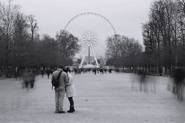 Paris is for lovers Tourist Attraction  Touristspot Tourists Black And White Photography Black & White Blackandwhite Blurry On Purpose Blurry Blurred Motion Jardin Des Tuileries Paris Paris, France  BYOPaper!