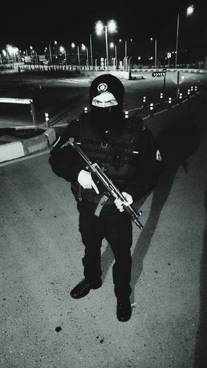 Polis Huzur Güven Verir Niğde Asayiş Berkemal Nöbet Mp5 Soguk