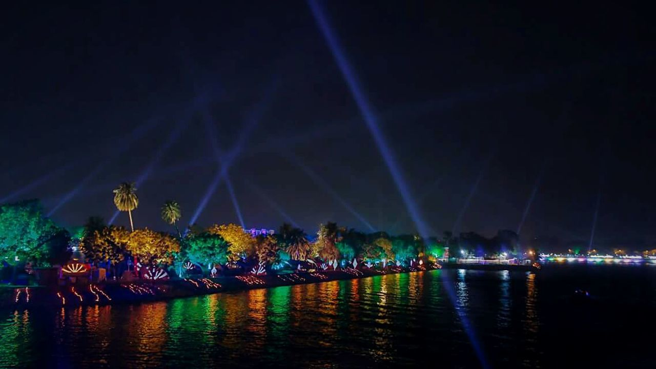 A beautiful scene of Kankariya Lake, Ahmedabad Night Crowd Arts Culture And Entertainment Reflection Lake Water First Eyeem Photo