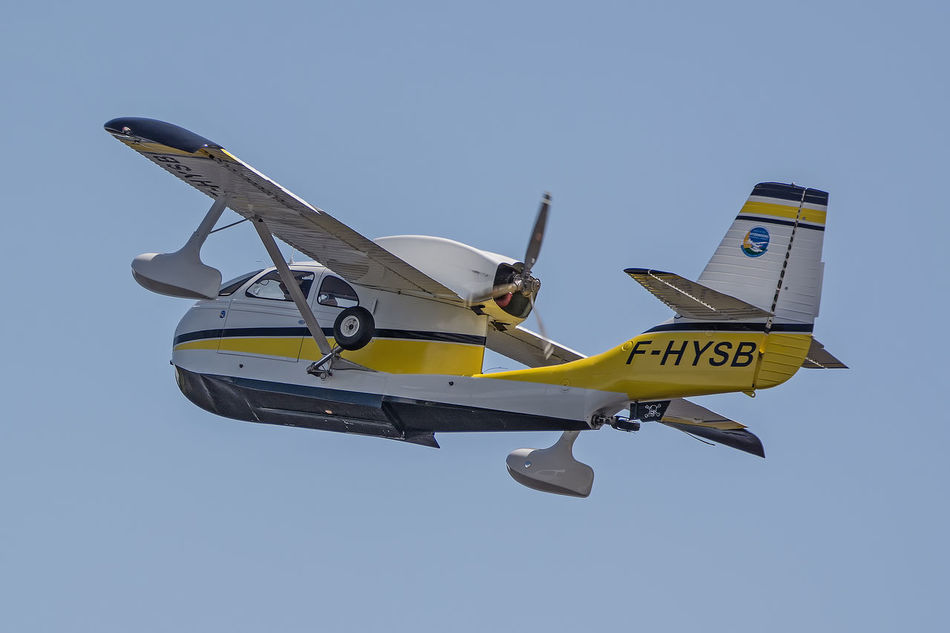 Aircraft Airplane Airshow Biscarrosse Blue Day Flight Flying Flying Spirit à Biscarrosse 2016 Information Sign Low Angle View Meeting Mode Of Transport Nature No People Outdoors Pole Seabee Seaplane Sky Yellow