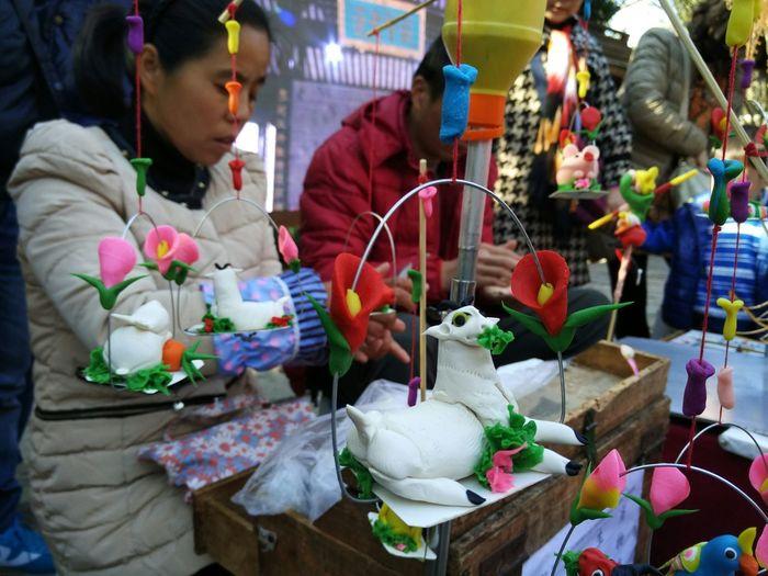 China New Year传统捏面人(感觉手艺没小时候看到的好了)