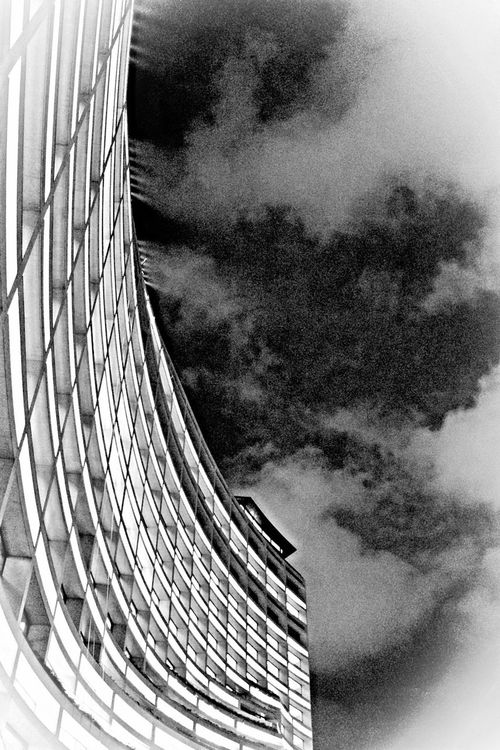 Blackandwhite Buliding Goodnight :) Lookingup