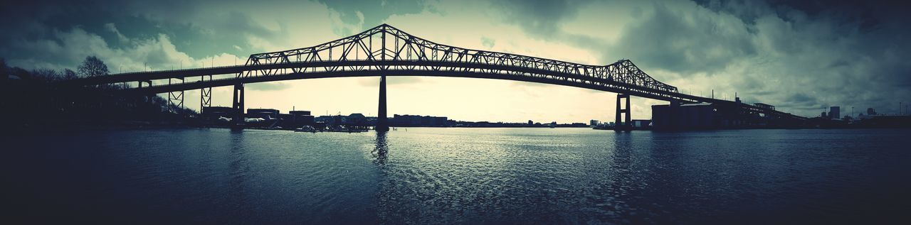 First Photograph Captured With My First Smartphone, I Was Hooked Mystic River Boston, Massachusetts MassachusettsBridges Smartphonephotography 1st Pic Bridges_aroundtheworld EyeEm Gallery Eyeemphotography Panoramic View S6