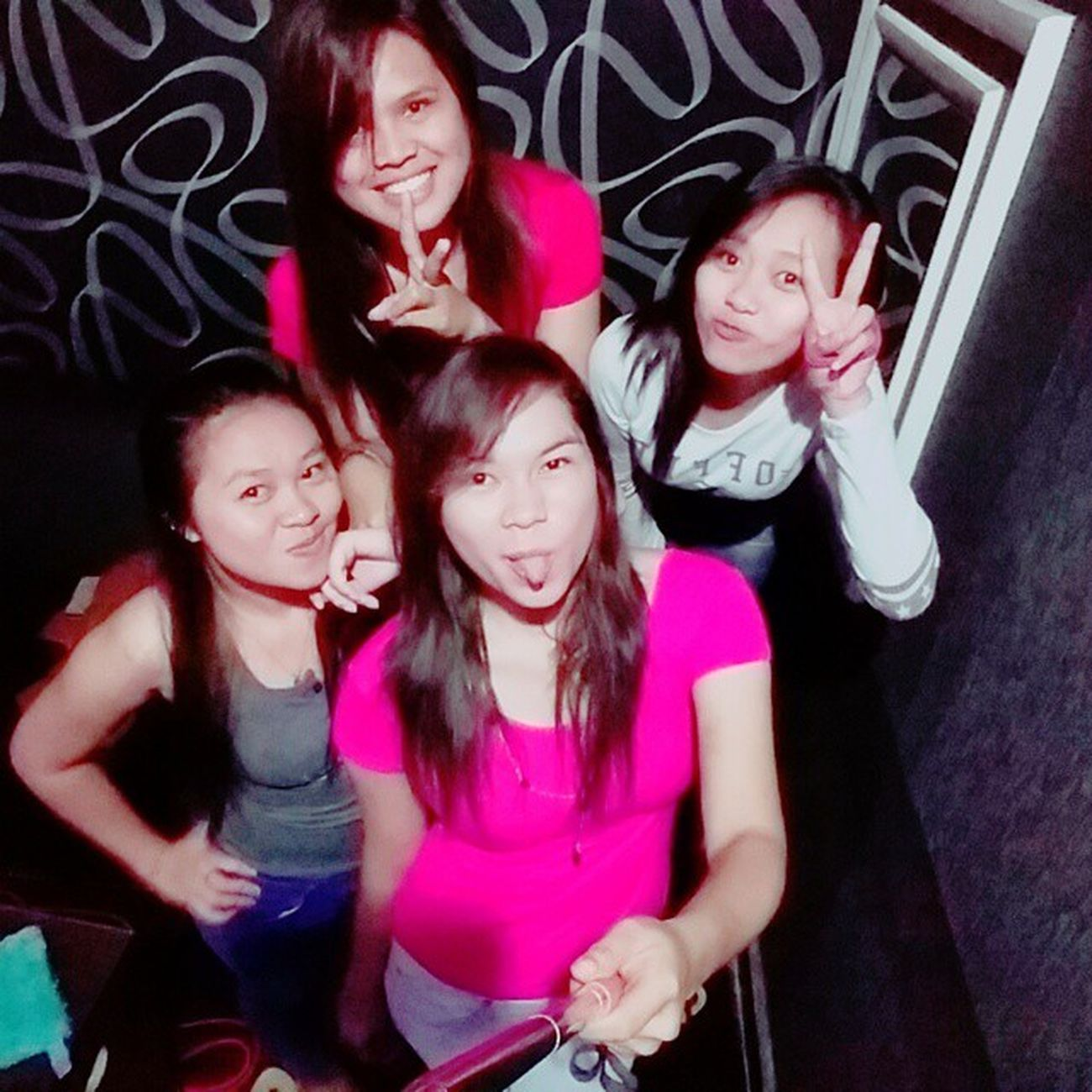 Latepost !! ✌✌ Girlsdayout Girlfriends Crazyfriendship Karaoketime Citarasa Bitungcity Northsulawesi