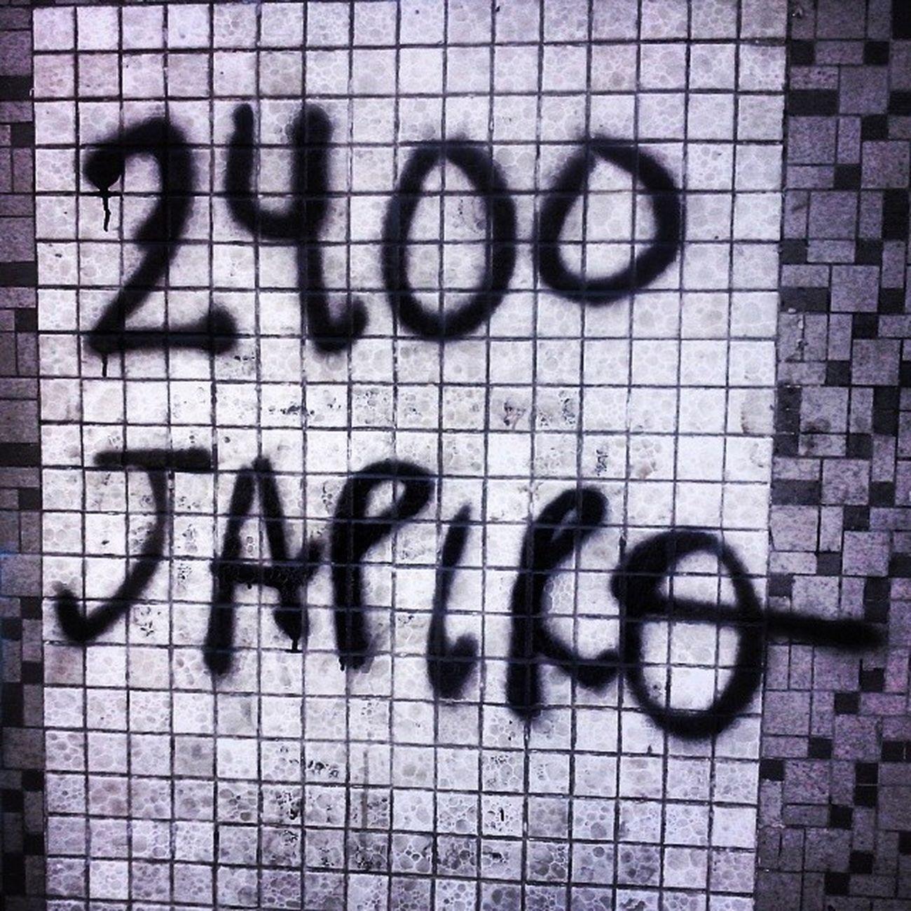 Japiro Streetart Street Streetphotography Tagsforlikes Sprayart Urban UrbanART Urbanwalls Wall Wallporn Graffitiigers Stencilart Art Graffiti Instagraffiti Instagood ArtWork Mural Graffitiporn Photooftheday Stencil Streetartistry Stickerart Pasteup instagraff instagrafite