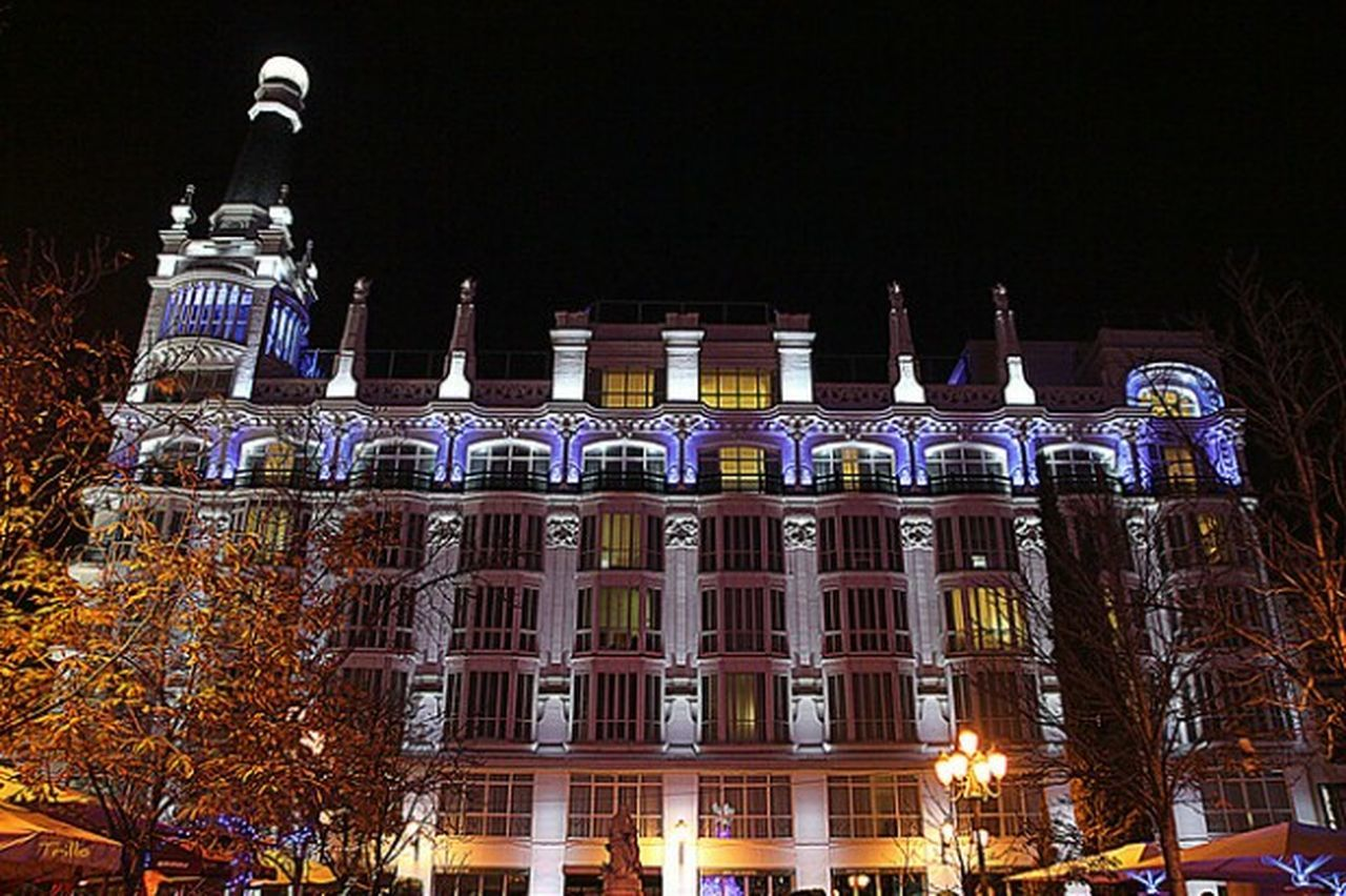 NocheMAdrid Sombras Y Luces... Madrid Spain Plaza Santa Ana Madrid