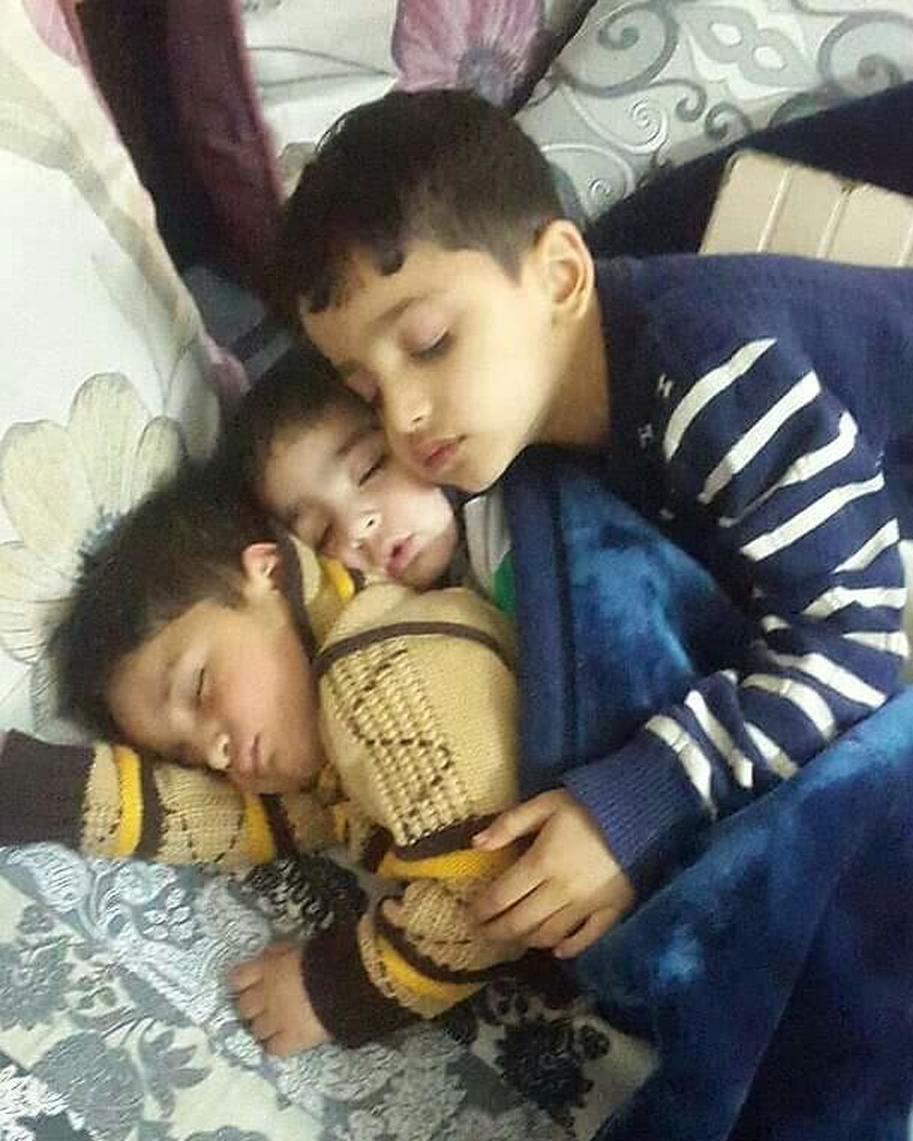 my nephews Love Childhood Child Cute Togetherness Family Baby Care Babyhood Children Only Close-up Day Uff Hello World Babies Only That's Me Children Photography Uniqe Love ♥ Check This Out Happy :) Enjoying Life Beauty Relaxing Hanging Out