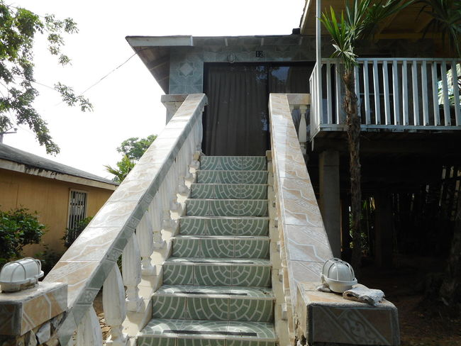 Honduras Roatan Architecture Bay Islands Building Exterior Built Structure Day House No People Outdoors Tree
