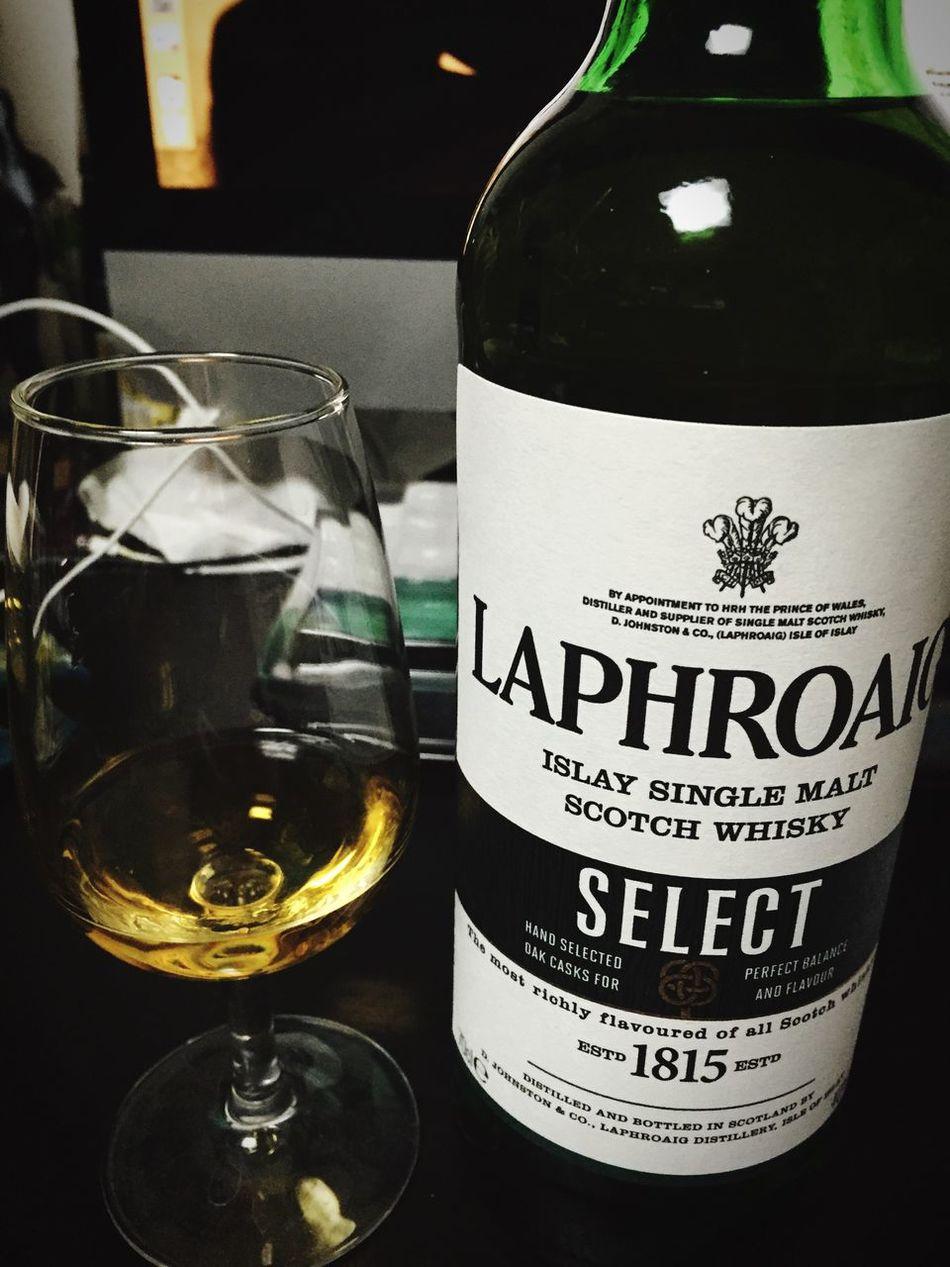 One shot after work. MyRoom Whisky Laphroaig Japan Drink Drinking Tasty Wonderful Perfume Single Malt Single Malt Scotch Wisky Good Night