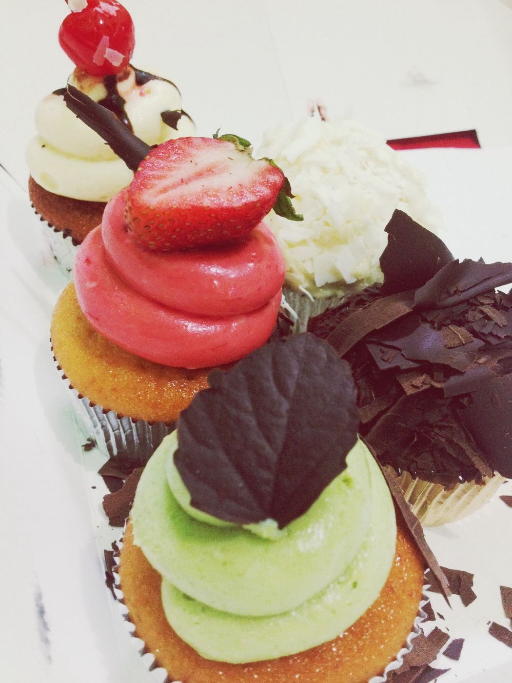 cup cake ♡ Chocolate Cupcakes Pastries Sweet Tooth