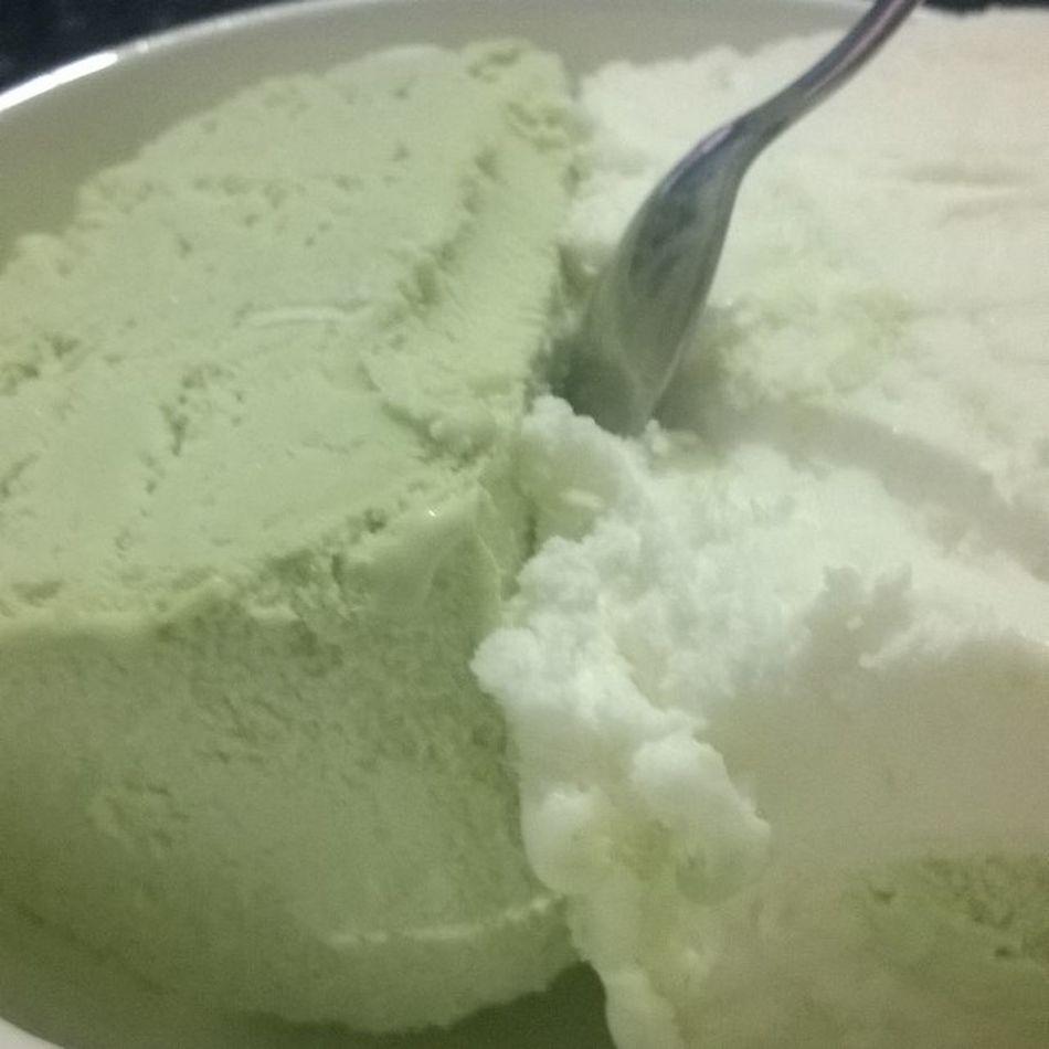 Şu saatten sonra bir şey istemeye, kasmaya gerek yok... Vanilya Fistik Dondurma tadını çıkarana kadar... Icecream ice istanbul food