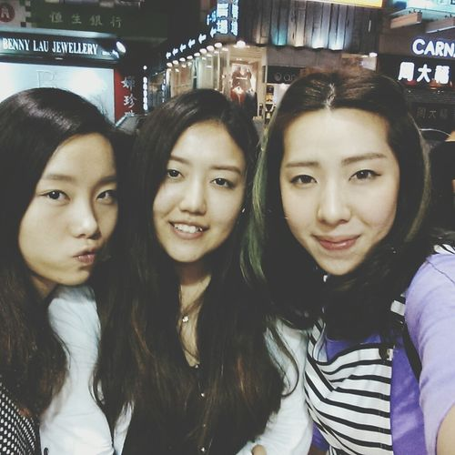 a nice dinner with some nice friends! Friends Hanging Out Girls' Time Great Moment
