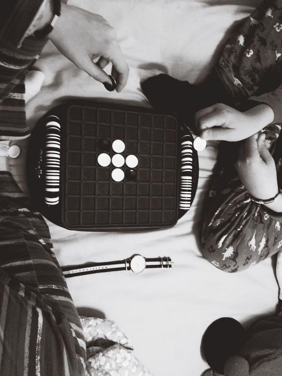 Playing with my babyboy. MiDiaFeliz