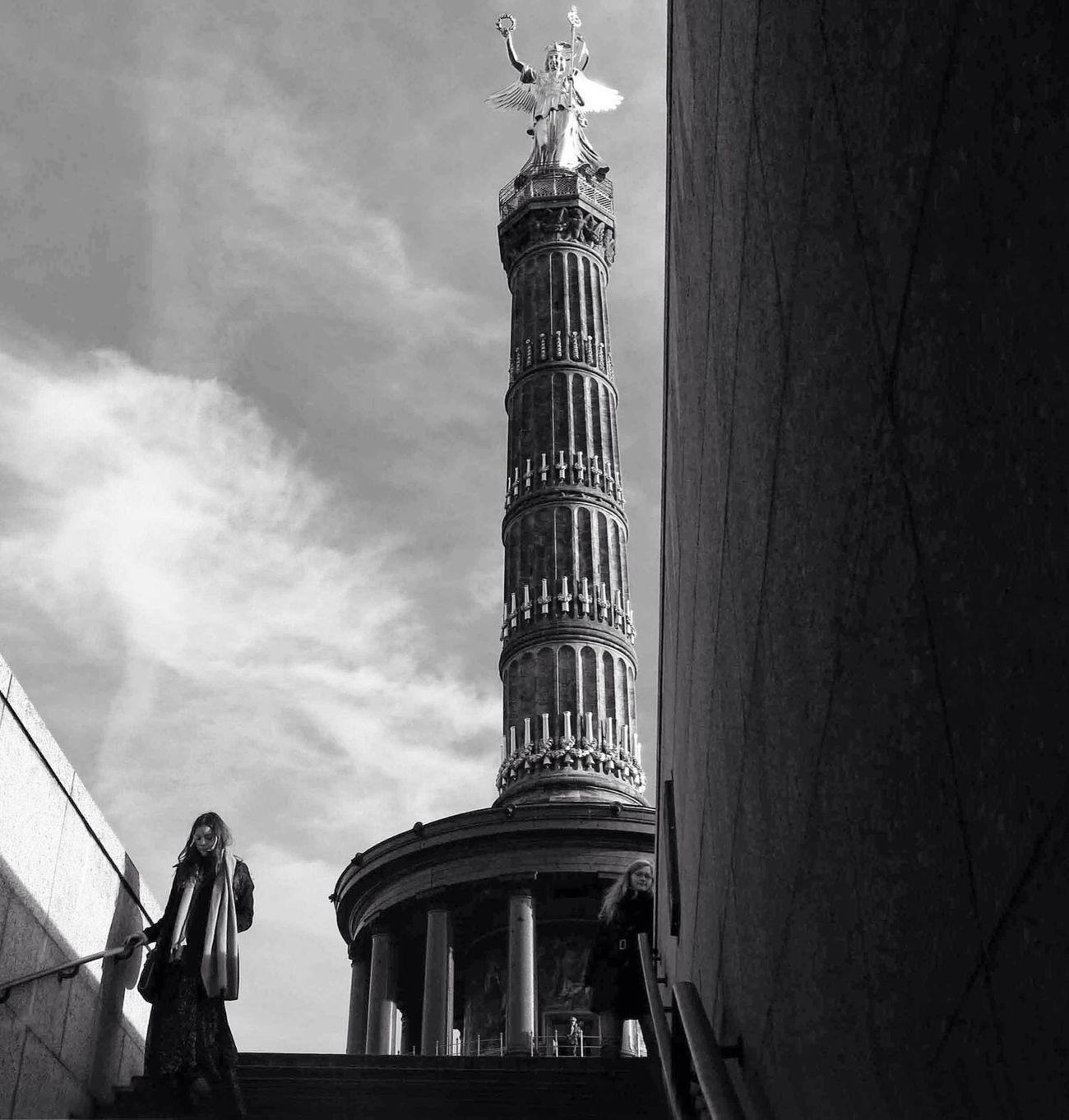 Blackandwhite Berlin Angel