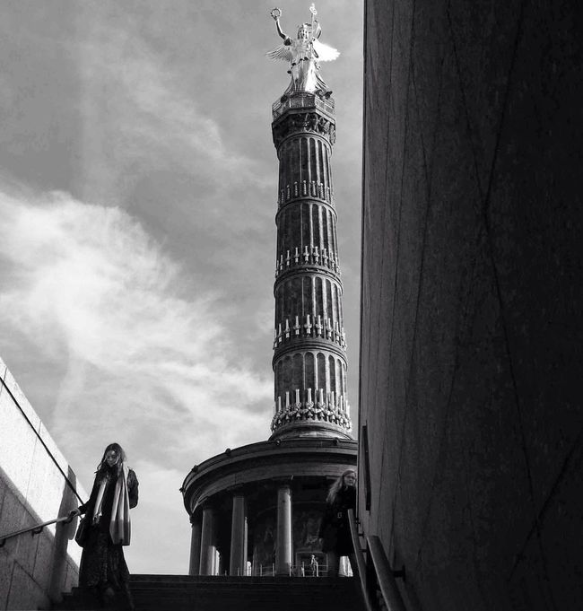 Blackandwhite Berlin Angel