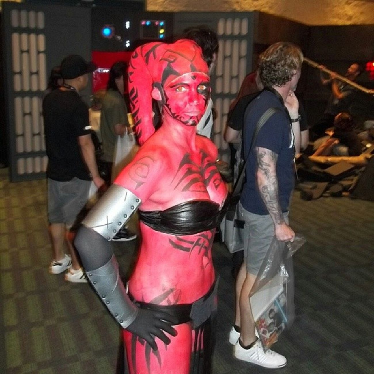 You can never have enough Twilek pictures. Celebration VI. 501st experience room. Darthtalon Starwars