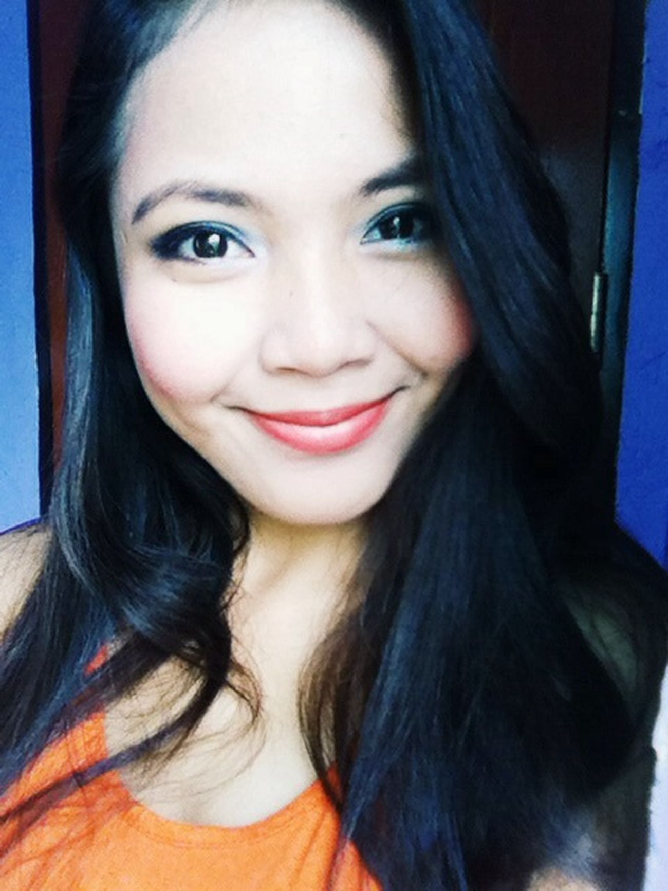 When youtube taught you how to wear make-up. Haha! Sorrynotsorry Selfie Smokeyeye :)