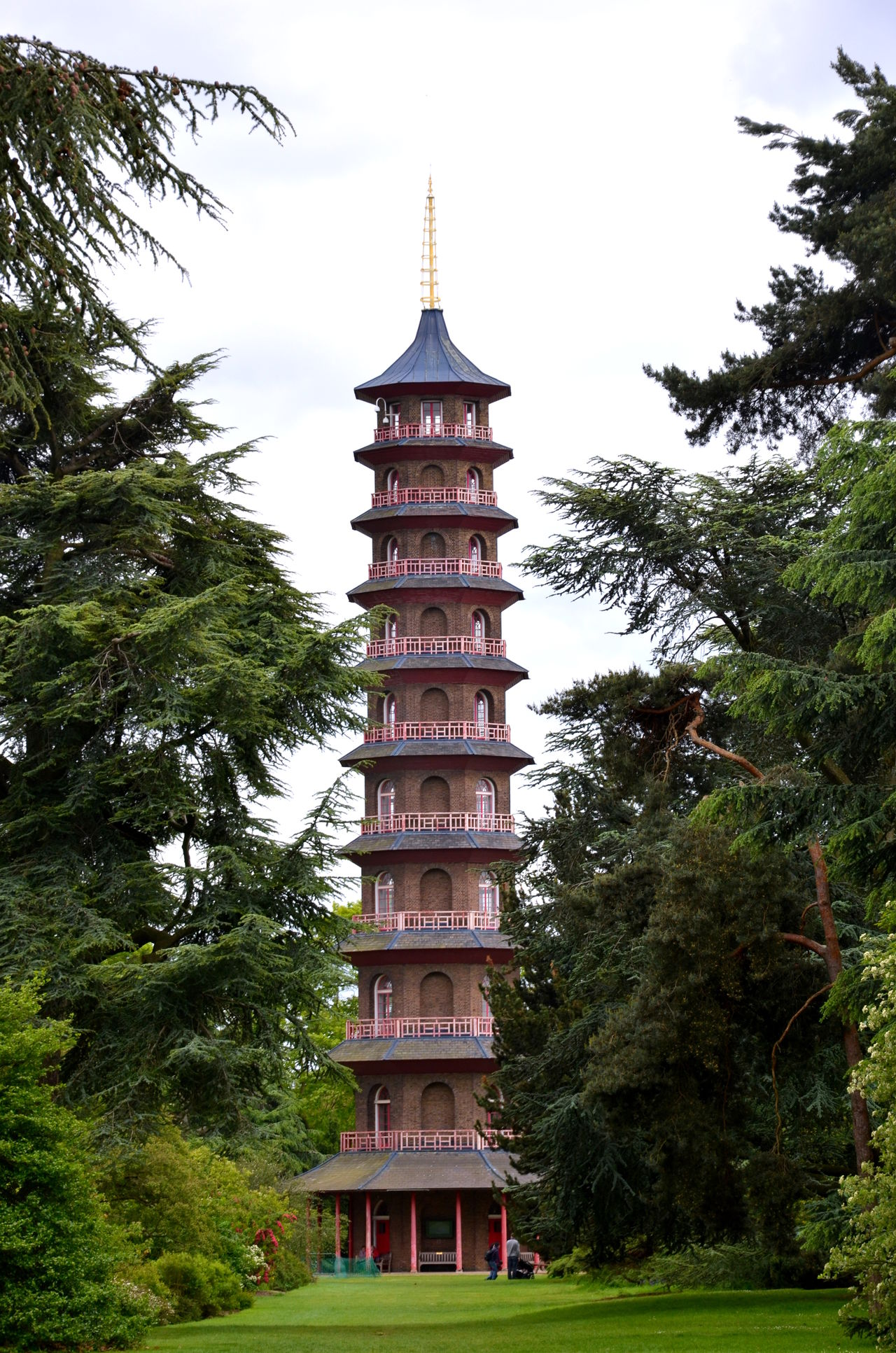 Architecture Built Structure Kew Garden Kew Gardens Kew Gardens, London Low Angle View No People Tall - High Tower Travel Destinations