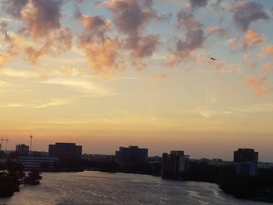 Miami FL Usa 🇺🇸☀️ Miamiliving miamiphotographer #miamiflorida #miamifashion #miamilove Paisajes Naturales Airportphotography