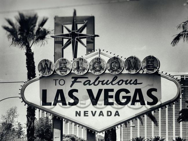 Gambling Las Vegas Sign Sin City B&w Fabulous Las Vegas Sign Nevada No People Rock On Welcome Welcome Sign Welcome To Fabulous Las Vega