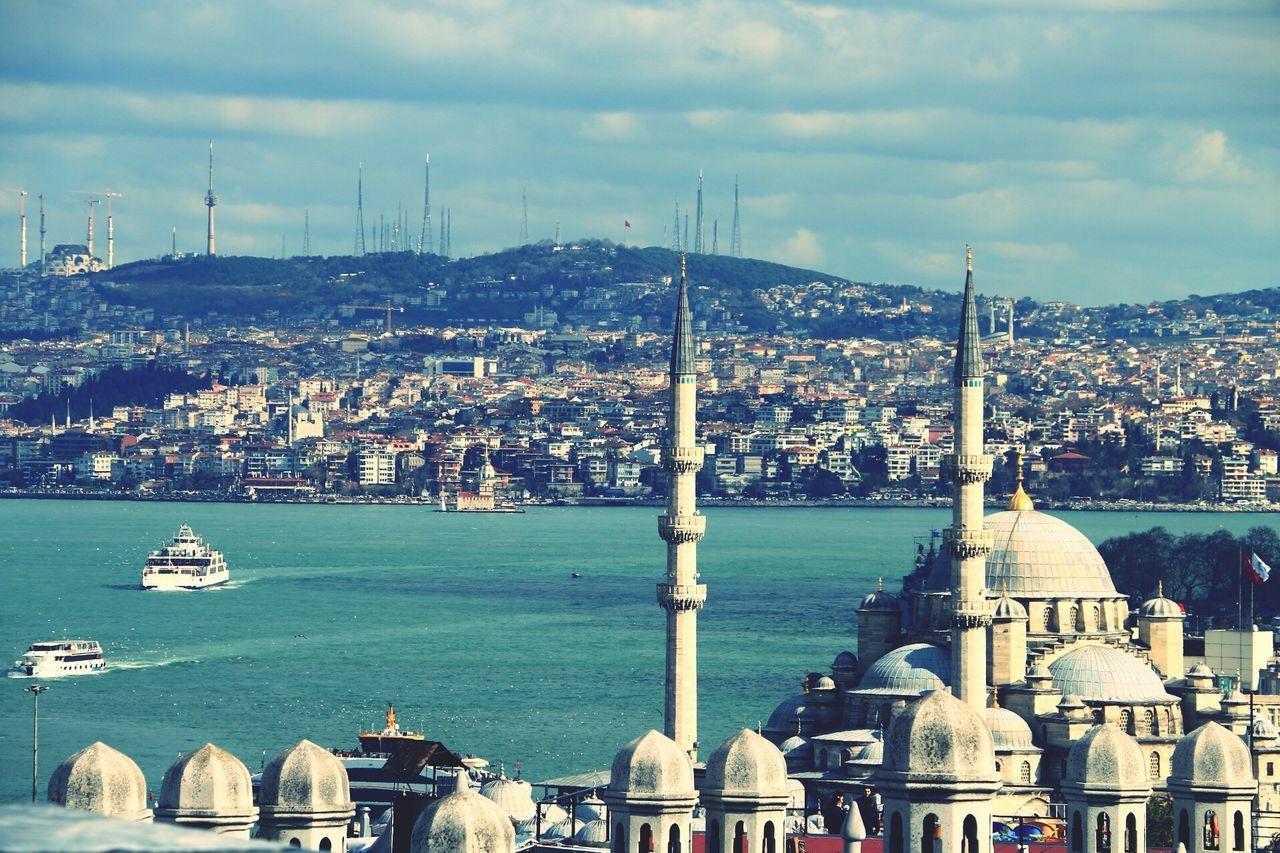 İstanbul Oneistanbul Anla_istanbul Allshotturkey Lovefromturkey Travelphotography Storyofistanbul Streetphotography Instagram_istanbul Instagram_turkey