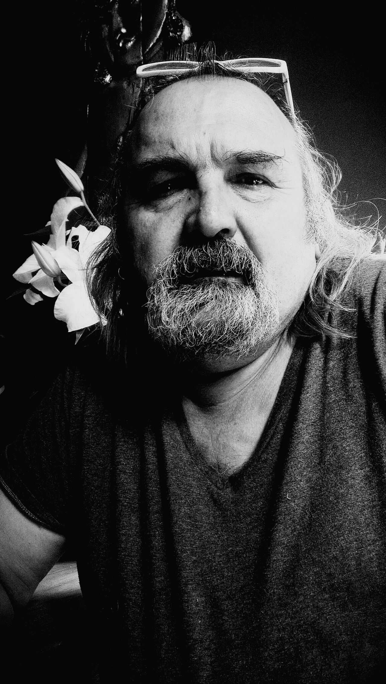 Looking At Camera Beard One Person Portrait Real People Indoors  Only Men Day Human Body Part Shadows & Lights Flower Men And Flowers Monochrome Black & White