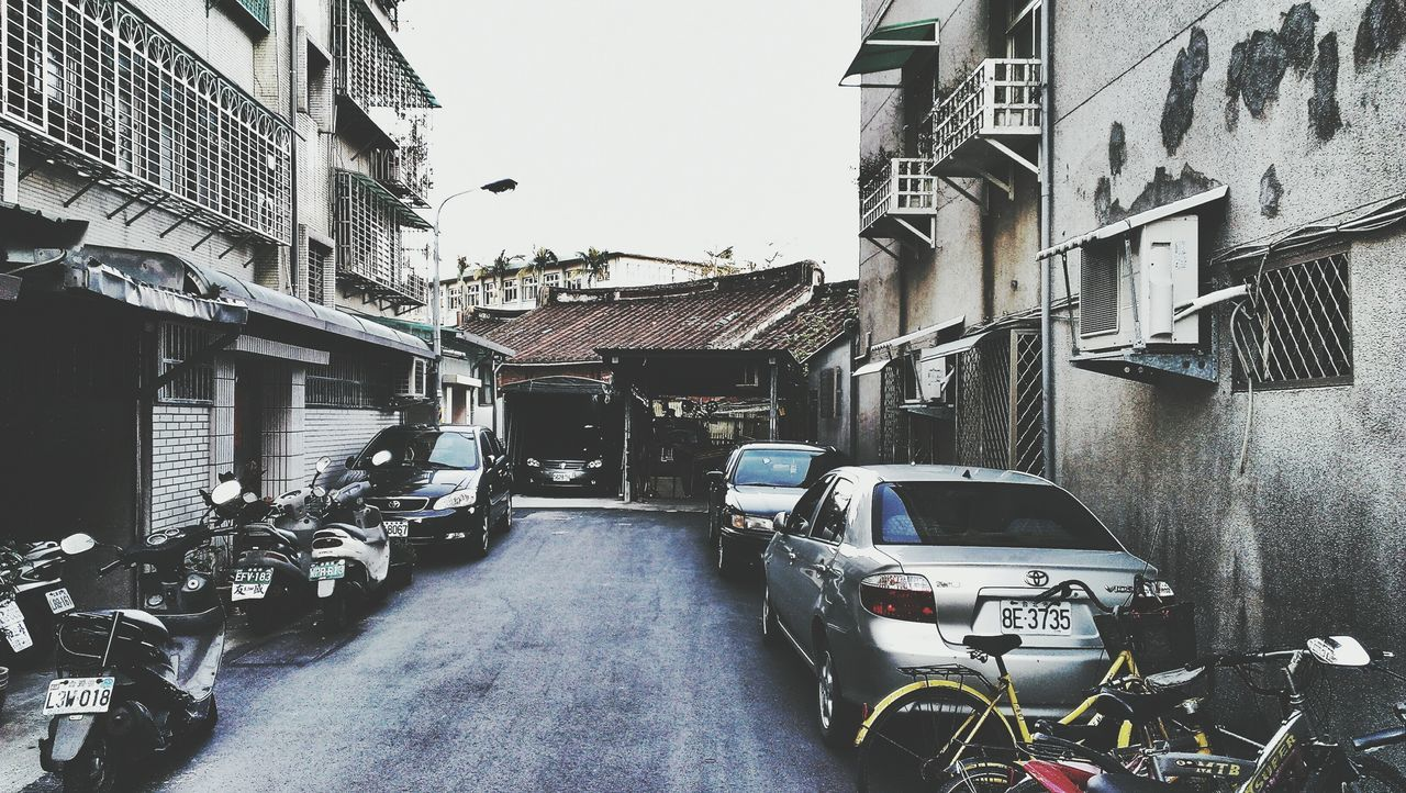 Discover Your City Streetphotography Getting Inspired Walking Around The City  Human Condition Taiwanese Style Vintage House