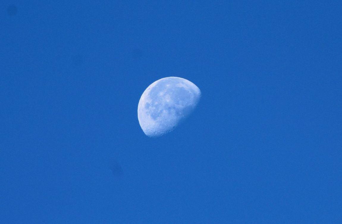 Natural Beauty Blue Sky Moon Shots Moon_collection Blue Sky Bright Moon La Luna
