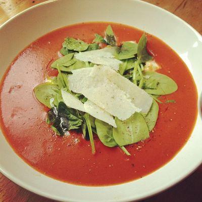 pimp my tomato soup #pommedesgarcons #pdg #gooqx #office #lunch #foodart Lunch Office Pdg Pommedesgarcons Gooqx Foodart
