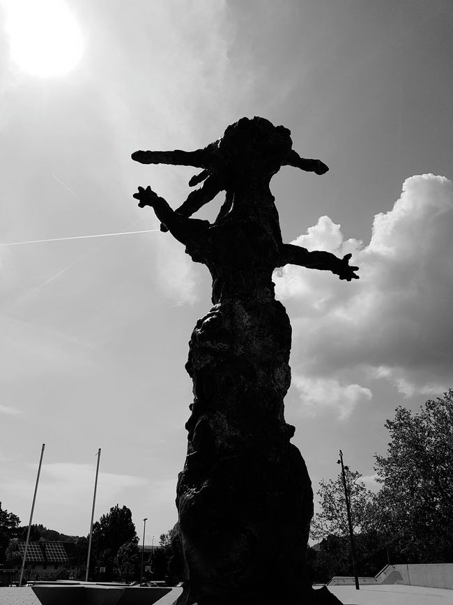 Statue Silhouette Sky Sculpture Low Angle View Cloud - Sky RISK Outdoors People Day Adult Headwear One Man Only Politics And Government Bayern Germany Schneewittchen 😚 Only Men