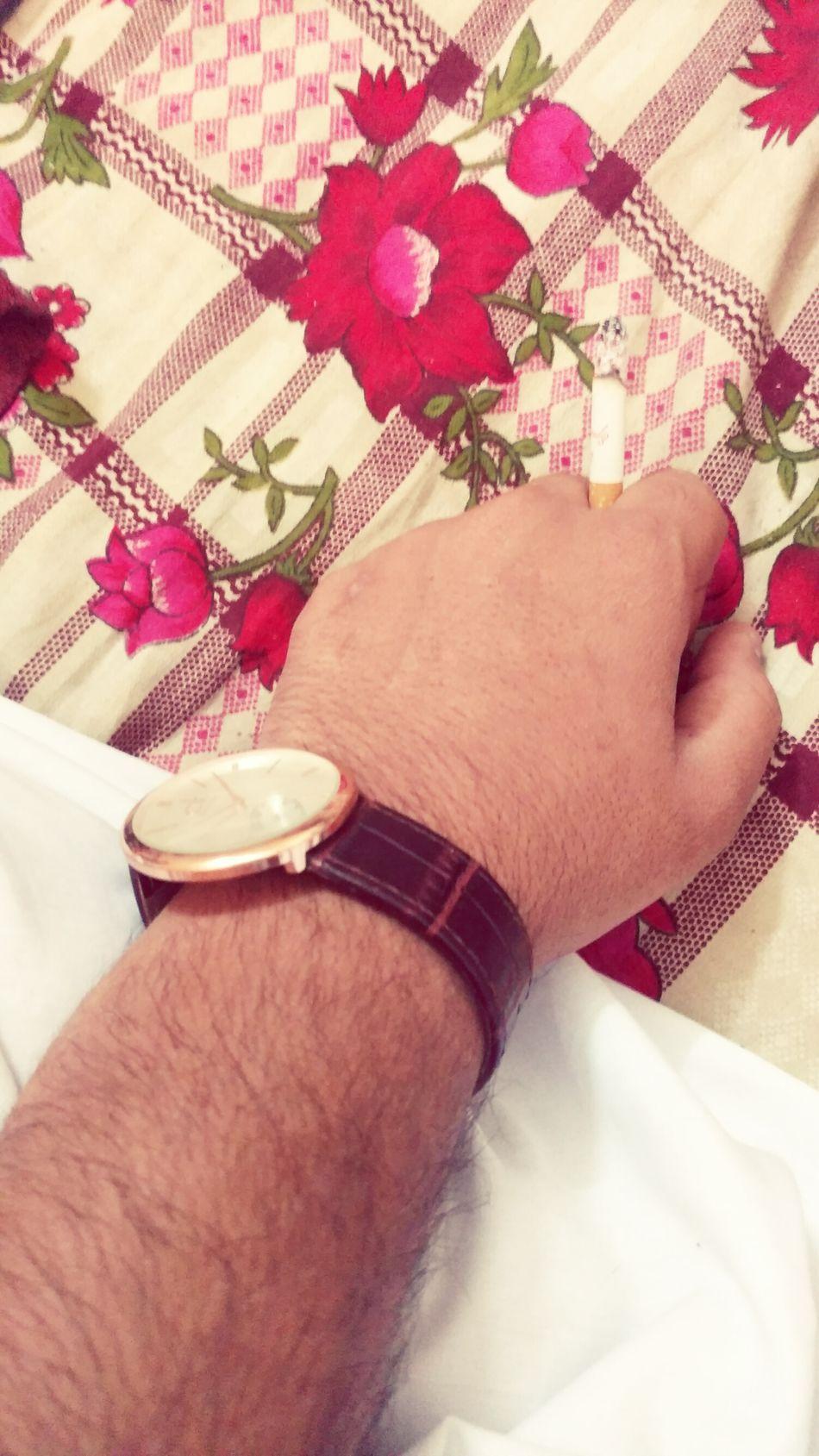 My Hand  Ciggarette ⌚️ Watch Smoking ✌✌