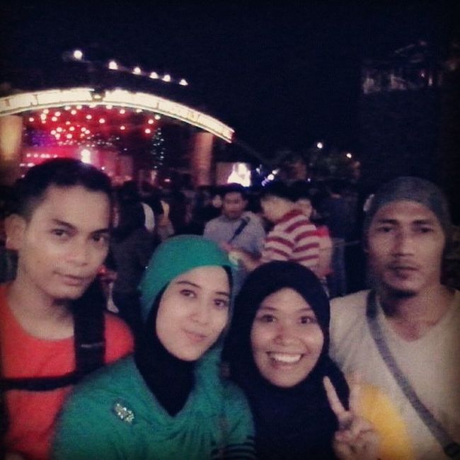 Latespot In_prj With_adunk_rena_tiong
