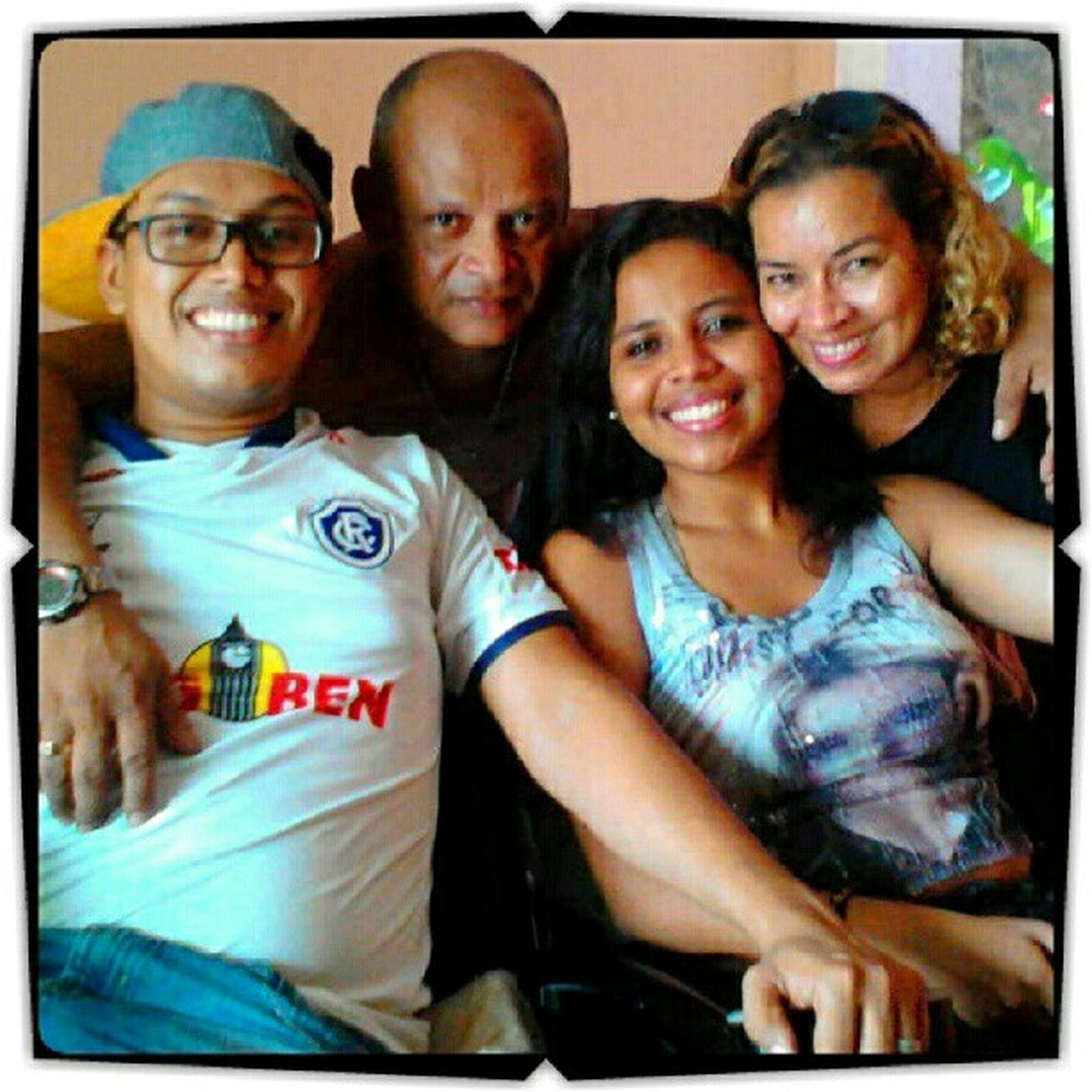 Minha familia, meu amor, minha vida. Meus tudão! Obrigada meu Deus!!! s2 Mãe Pai Irmão Familiaunida Love AmorTodaHora