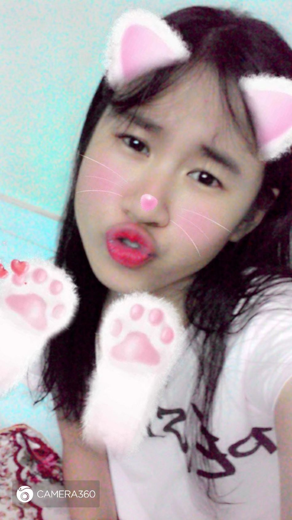 Meow...meow...🐁🐁🐱🐱 Khitoi18 Be Strong Girl Kids Being Kids 很可爱 Beautiful 加油