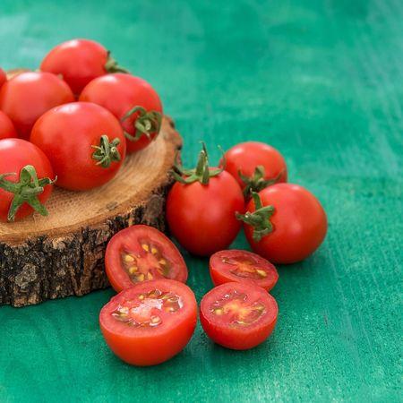 Beautifully Organized Tomato Tomatoes Vegetable Food Close-up AWARD Beautifully Organized Red Green