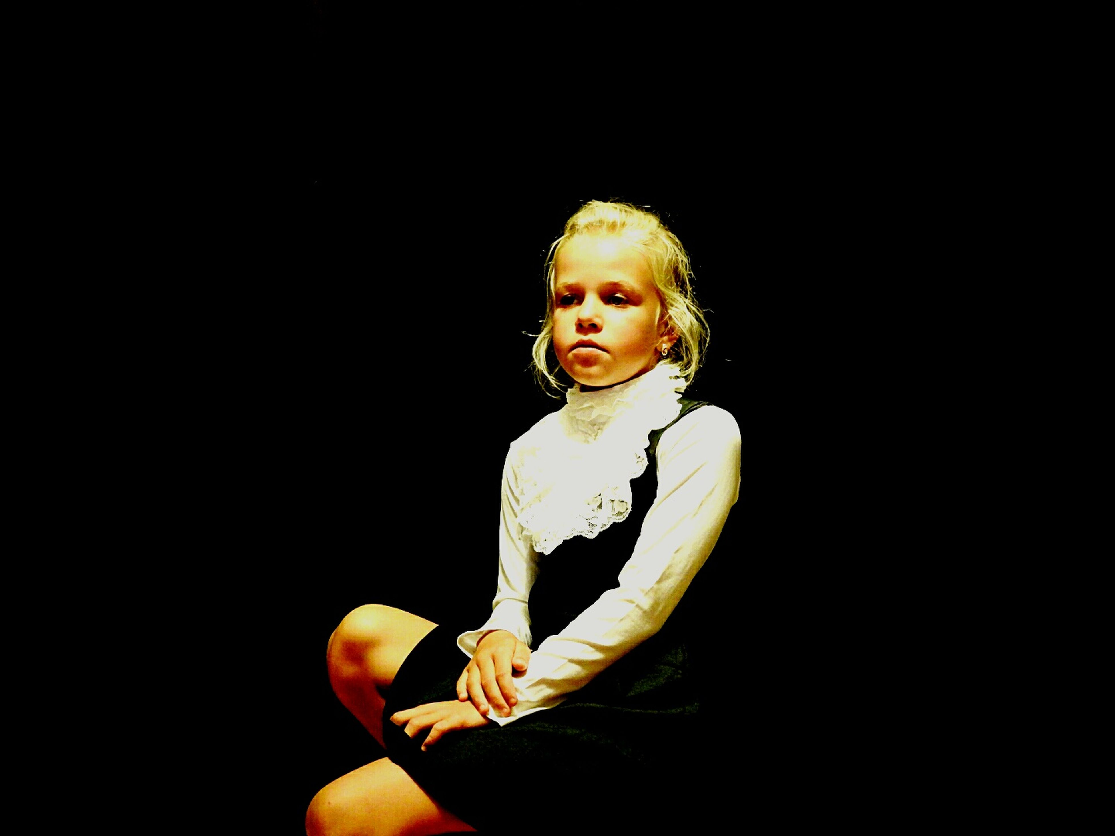 I'm Ready To School No Studio Black Background Beauty Daughter Portrait Looking At Camera Lifestyles Color Palette Princess ♥ Beauty! PortraitPhotography Sankt-Petersburg Eyeem Photo Russia