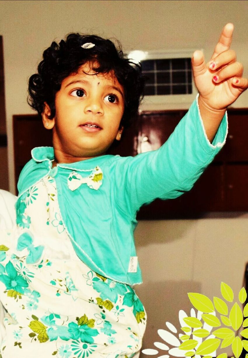 Little Princess♥ Natural Beauty Pointing Directions Cute Baby ....:-)