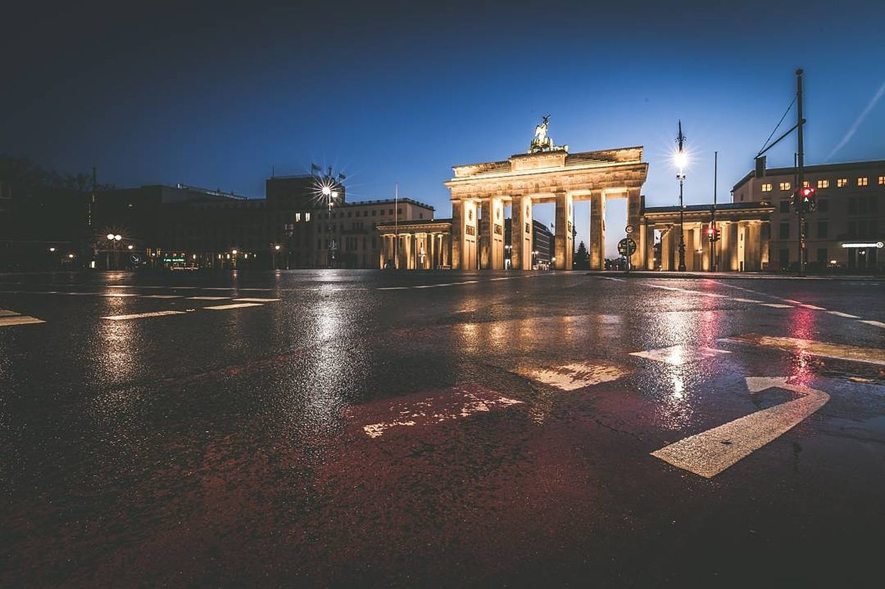 Sunrise in Berlin City Architecture Travel Destinations Night Built Structure Illuminated Reflection Statue No People City Gate Politics And Government City Break Sky History Berlin Berliner Ansichten Sunrise Berlin Photography Deutschland. Dein Tag